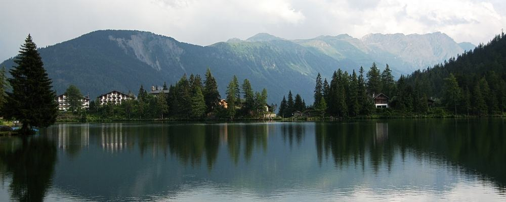 Champex lake panorama - Description of walking the TMB - northern half