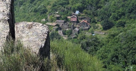 Self-Guided Walking Tours In France:hiking The Upper Cèze Valley - Isolated Hamlet