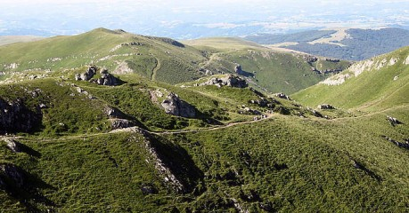 Self-Guided Walking Tours In France:best Of Walking Auvergne - The Roman Trail Gr400
