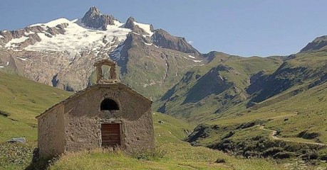 Self-Guided Walking Trips In France: Hiking Tour Mont Blanc - Villes Des Glaciers