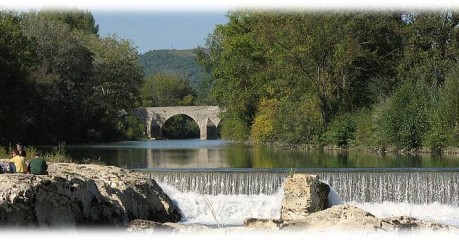 Self-Guided Walking Tours In France:hiking In Provence - Sautadet Falls & Martel Bridge