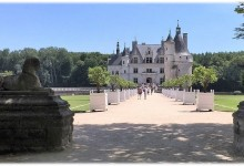 Loire Chateaux Walks in France